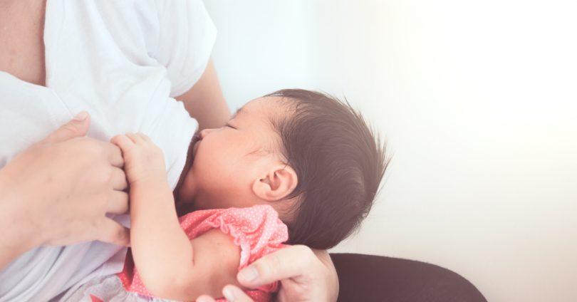 【母乳哺育】餵母奶前,需要先清潔乳頭嗎?